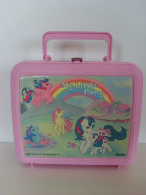 Lunch box of yore.